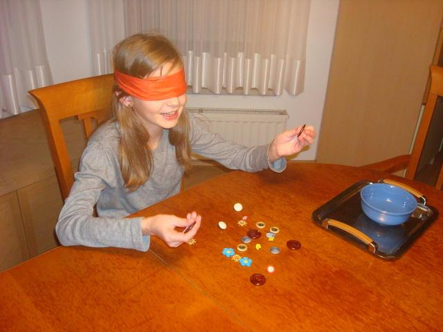 Razvoj taktilne občutljivosti (gumbi)
